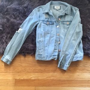 🌺 Denim Jacket🌀Distressed light weight
